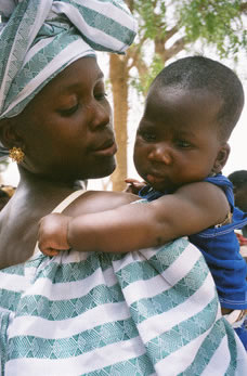 Image of Senegalese mother and child