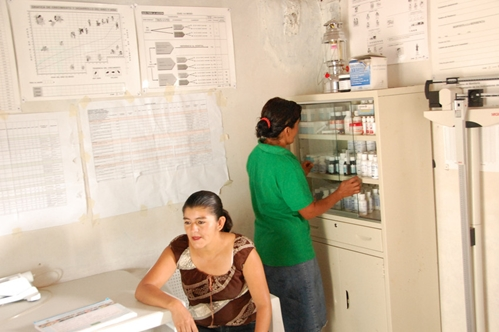 Caption: Health huts in Honduras and other countries need equipment and supplies to keep families healthy.