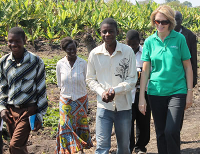 Image of ChildFund President and CEO Anne Lynam Goddard, in Zambia.