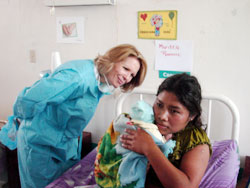 Photo of Anne Goddard, ChildFund President and CEO, visiting an infant health clinic in Honduras